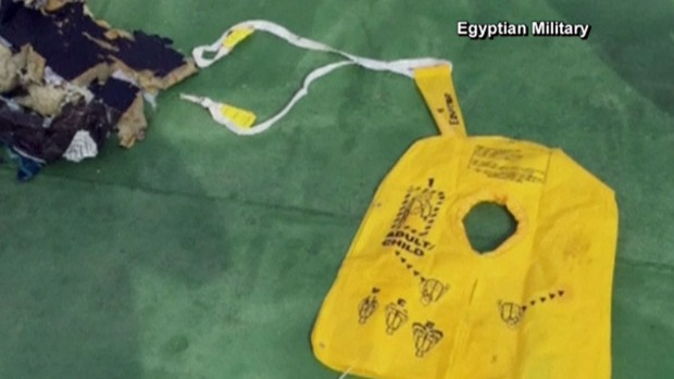 Primer video de restos de EgyptAir