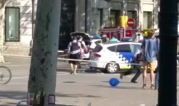 Buscan segunda furgoneta en Barcelona