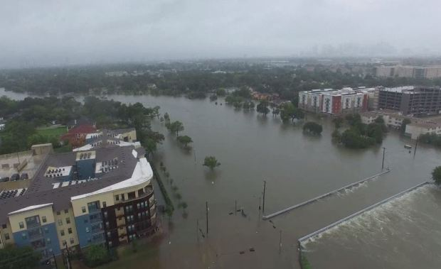 Así se ve Houston bajo el agua, desde el aire
