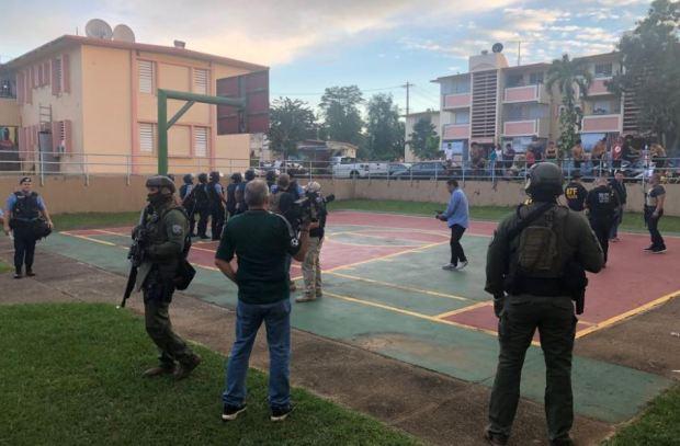 Fotos: operativo en residencial de San Juan por balacera en Zokku's