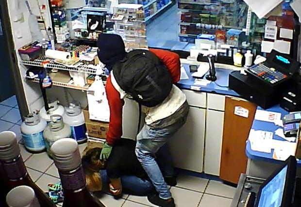 [TLMD - PR] Escalofriante ataque contra cajera de gasolinera