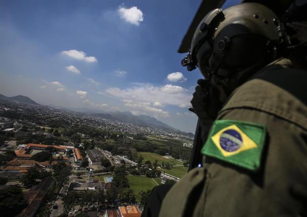 [tlmd-preparativos-brasil-2016-militares-video] Milicia brasileña prepara seguridad para olimpiadas