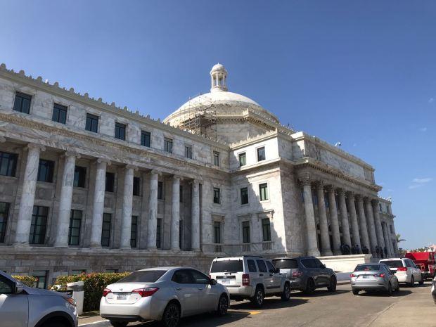 [TLMD - PR] Gobernador rechaza aumento a la pensión de alcaldes