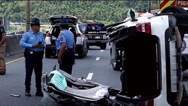 [TLMD - PR] Cuatro heridos tras guagua volcada en PR-52