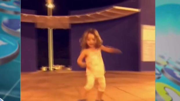 Alaïa muestra su talento en las clases de zumba