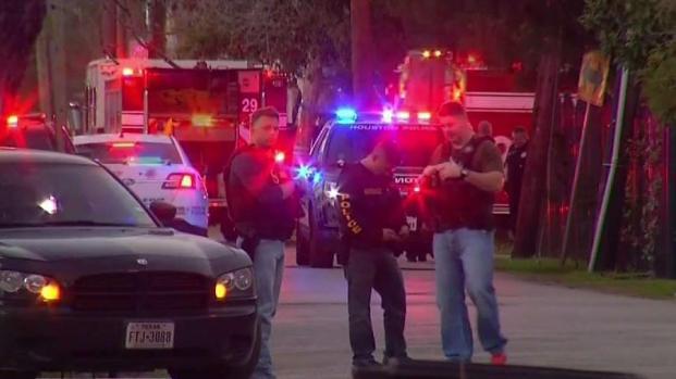 [TLMD - Houston] Oficiales fueron recibidos a balazos en operativo anti droga