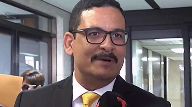 [TLMD - PR] Uroyoan Walker alega que es víctima de persecución y envidia
