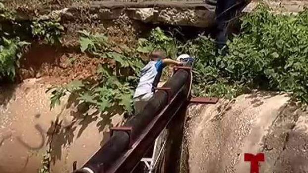 [TLMD - PR] María les arrebató puente y ahora arriesgan sus vidas