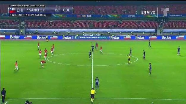 Impresionante: Chile anota su cuarto gol con una portería sola