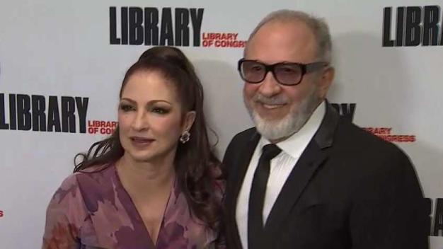 Gloria y Emilio Estefan reciben prestigioso homenaje