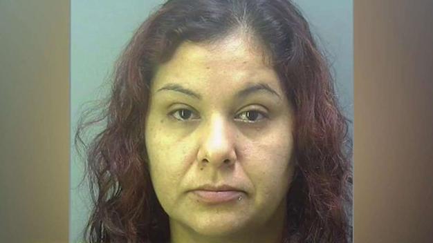 Maestra de Florida acusada de vender droga en escuela