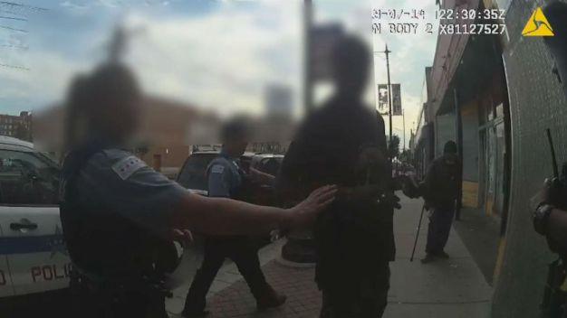 Divulgan imágenes de hombre muerto a manos de policía