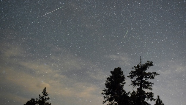 Imperdible: dónde ver la lluvia de meteoros esta noche