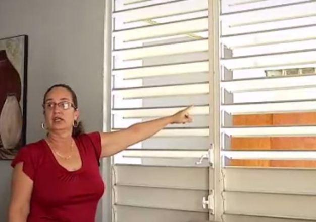 Insatisfecha por calidad de ventanas