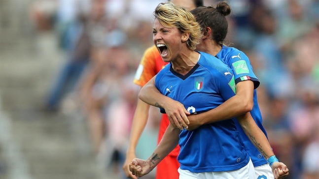 Finalmente Italia aprovecha los errores de China y se adelanta