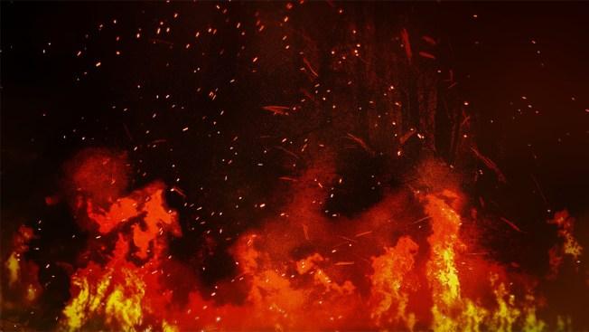 Hallan vehículo quemándose en Barranquitas
