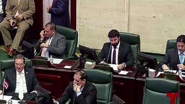 "Cámara aprueba ""Ley de Moratoria"" a viva voz"