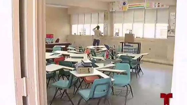 Vivienda entregaría en dos semanas las escuelas usadas como refugio