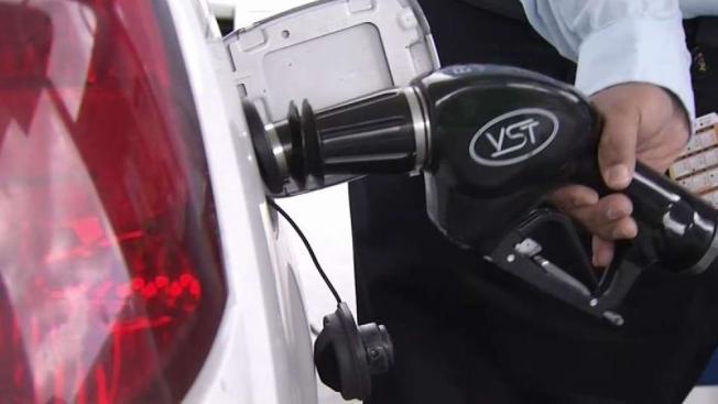Paso de Barry podría aumentar los costos de la gasolina