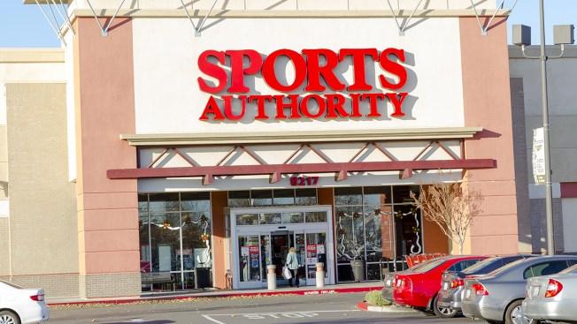 Pendiente DACO a ventas por cierre de Sports Authority