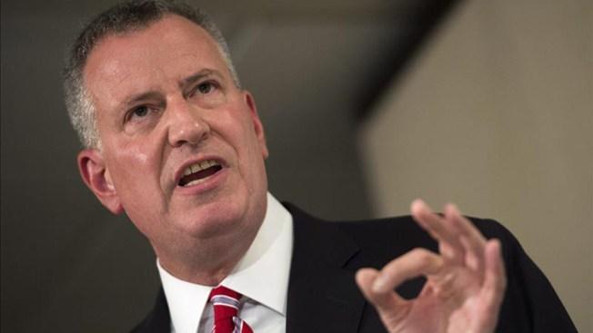 Absuelven a alcalde por investigaciones en su contra