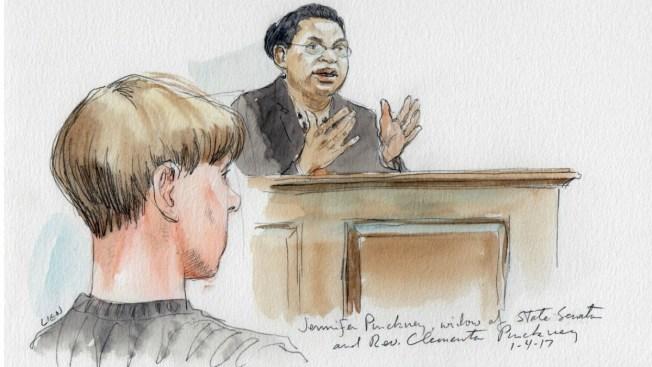 Testigos declaran frente a autor de masacre en iglesia