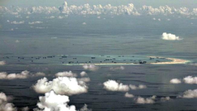 EEUU exige a China que le devuelva submarino no tripulado