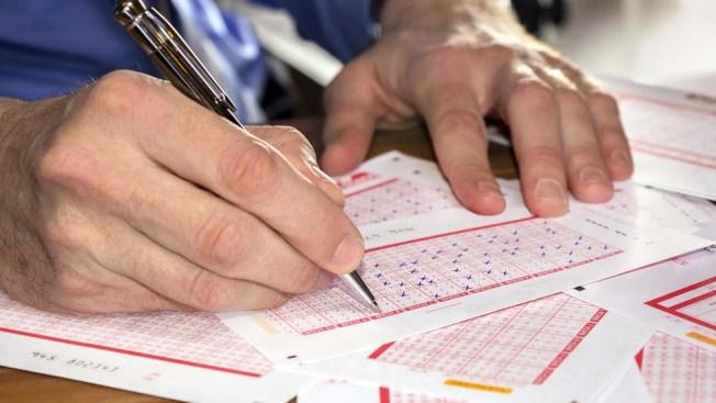 Demanda a lotería por fraude y reclama dinero que le falta
