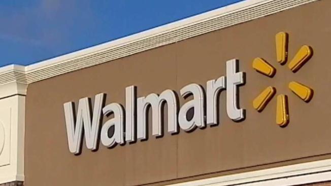 Walmart igualará salario mínimo de empleados en la Isla