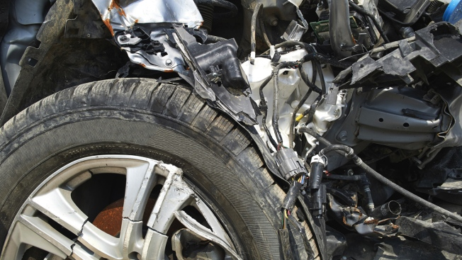 Joven madre muere en accidente de auto