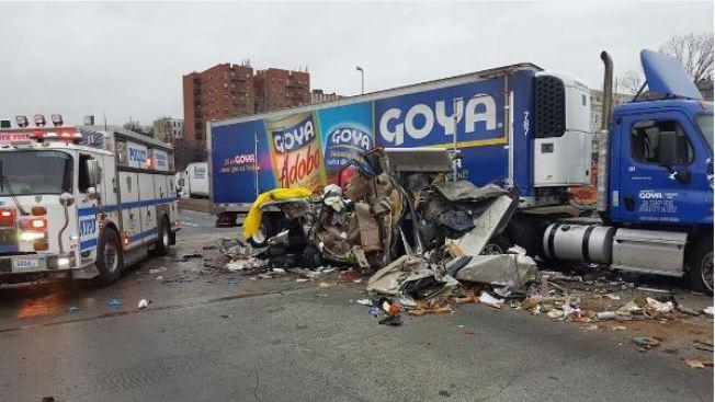 Tres muertos tras accidente con camión de Goya