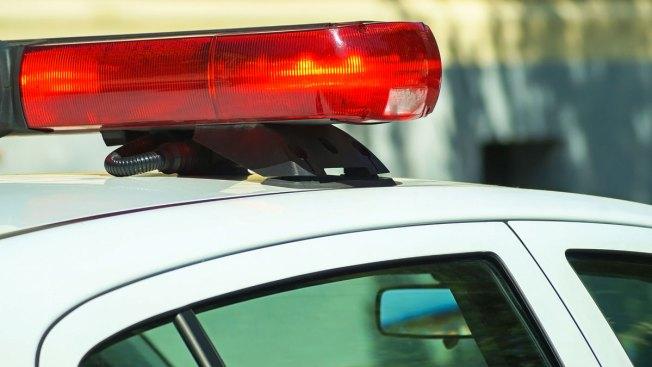 Policía admite que detuvo mujeres para pedirles citas