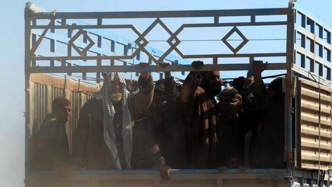 Miles huyen de las garras de ISIS