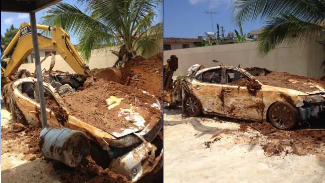 Hombre entierra su Lexus y lo reporta robado