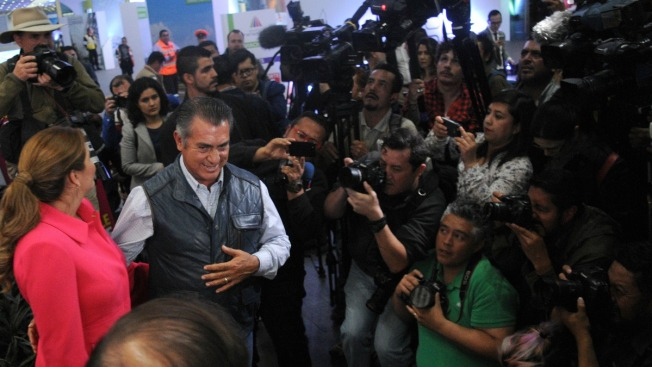 Candidato independiente a presidencia inicia campaña