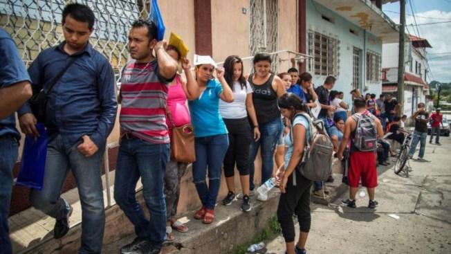 Aerolínea mexicana ofrece vuelos de $1 para migrantes