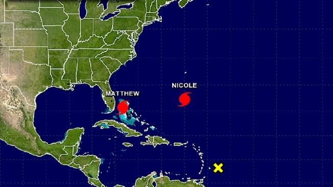 Se forma huracán Nicole mientras Matthew avanza a EEUU