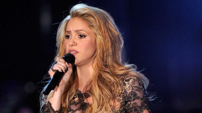 Shakira no se operará por miedo a perder la voz