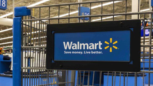 Sujeto comete asalto en Walmart de Ponce