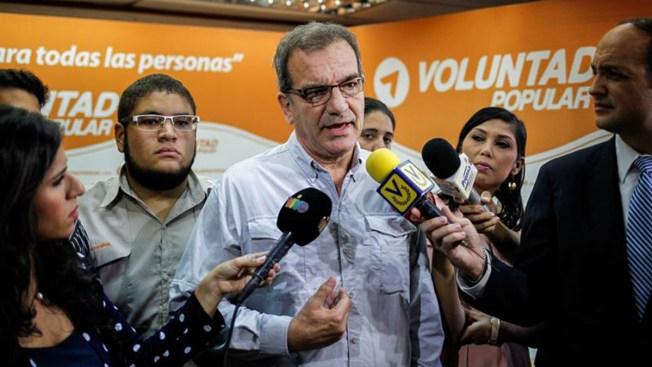 Localizan a 16 sobrevivientes del naufragio venezolano en costas de Curazao