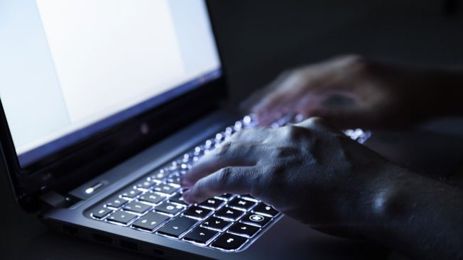 Arrestan a hombre por pornografía infantil en Toa Baja