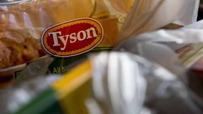 Tyson retira toneladas de pollo tras quejas de escuelas