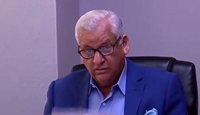 Panel sobre el FEI suspende sumariamente al alcalde Héctor O'Neill