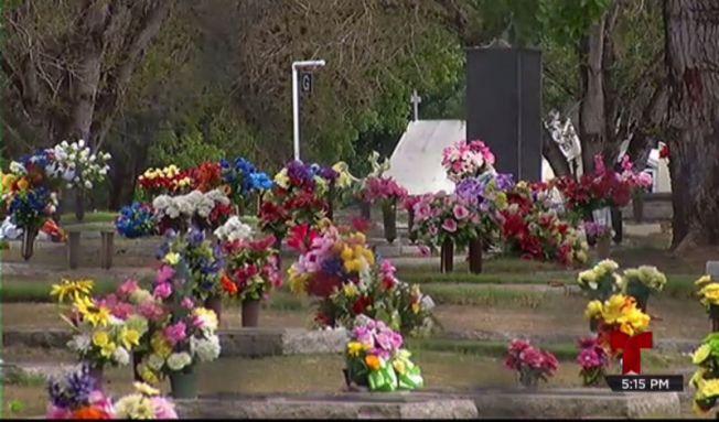 Cementerio no accede a pedidos de pareja