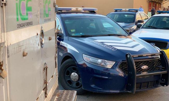 Hallan a hombres baleados dentro de autos en Caguas y Yauco