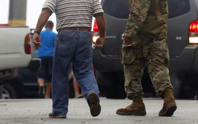Piden al Ejército que no abandone a Puerto Rico