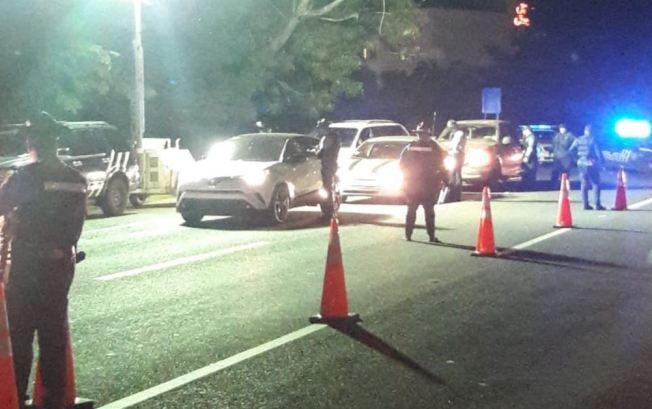 Anuncian bloqueos de carreteras en varios municipios