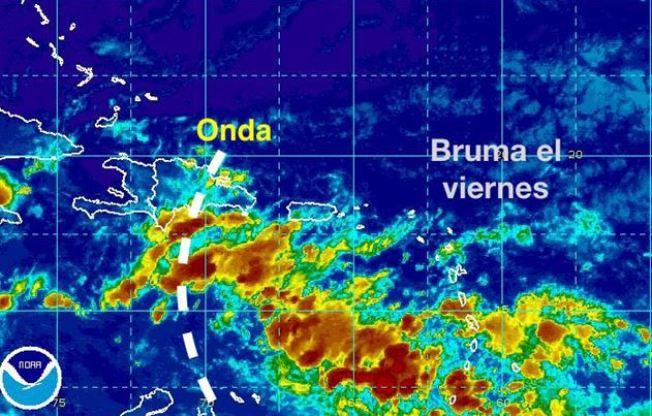 Vigilan fuerte sistema que podría llegar al Caribe