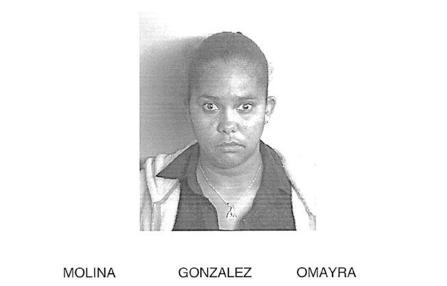 Mujer enfrenta 82 cargos por apropiarse de $18,000
