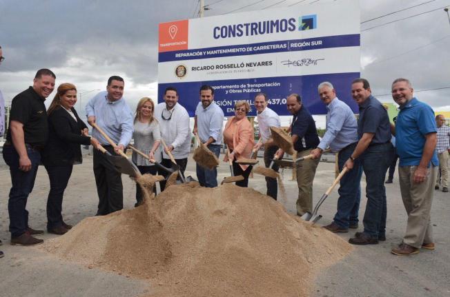 Gobernador supervisa varios proyectos en el sur